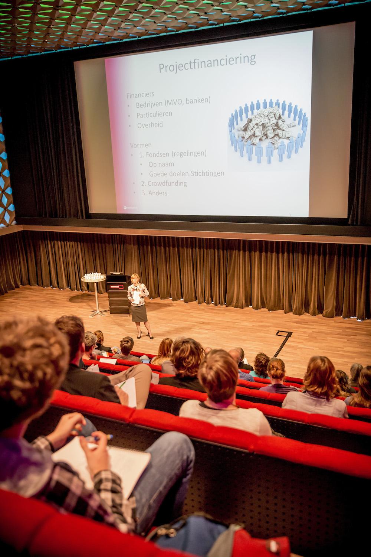 Presentatie Projectfinanciering door Mary Berkhout, Programmamanager Mediawijzer.net