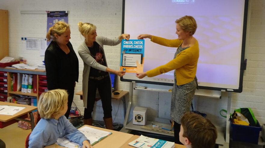 mediawijsheid poster, basisvaardigheden, leerlijn mediawijsheid