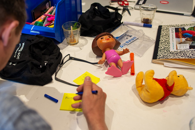 connected toys - slim speelgoed - ai ai barbie